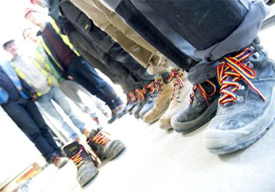 rainbow_construction_boots_stonewall_0